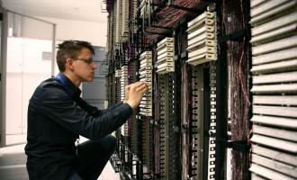 如何降低设备维护成本?智能故障预测系统来帮忙
